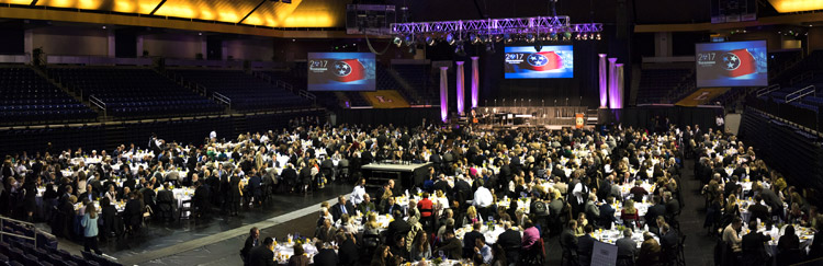 Over 800 guests attended the 2017 Tennessee Prayer Breakfast from across the state, representing government, business, education, and churches.